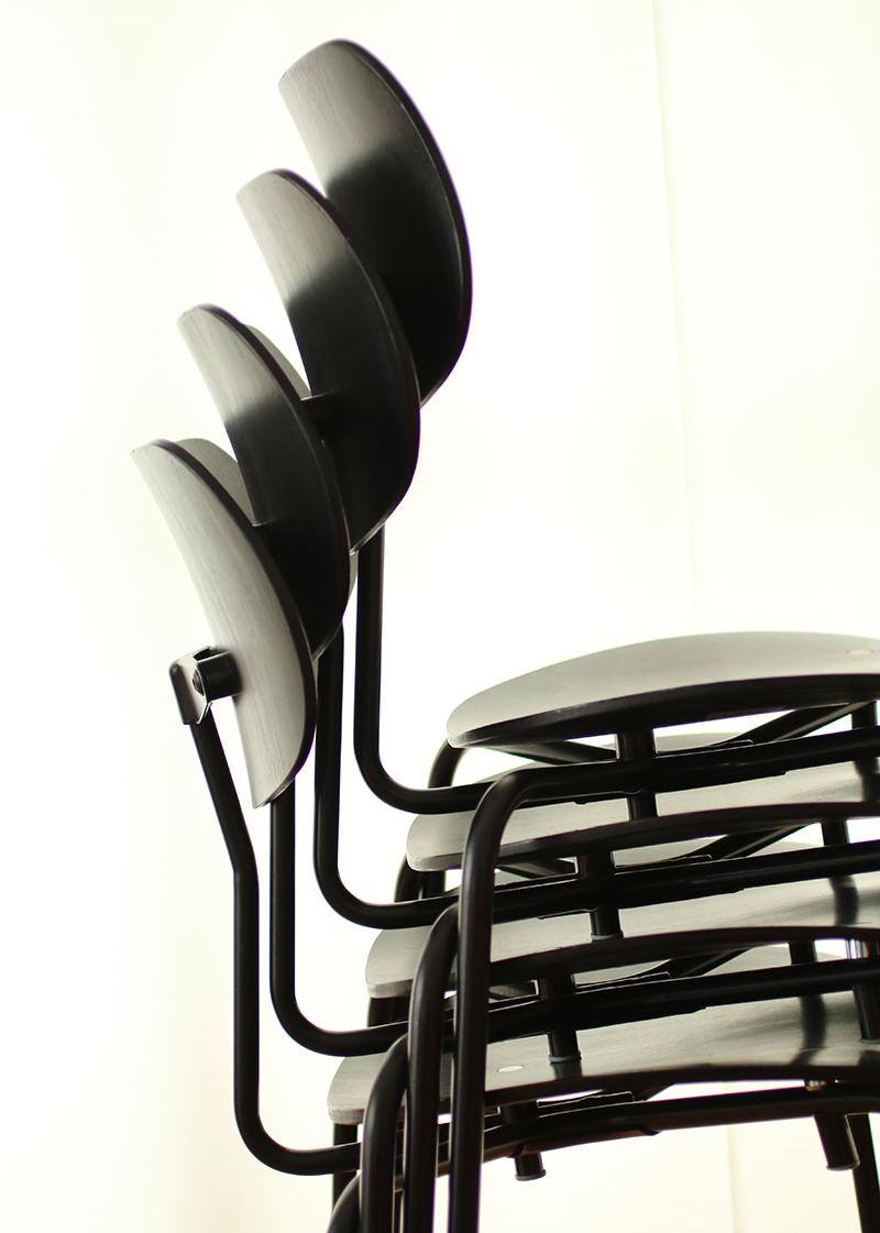 Egon Eiermann SE68 stacking chair